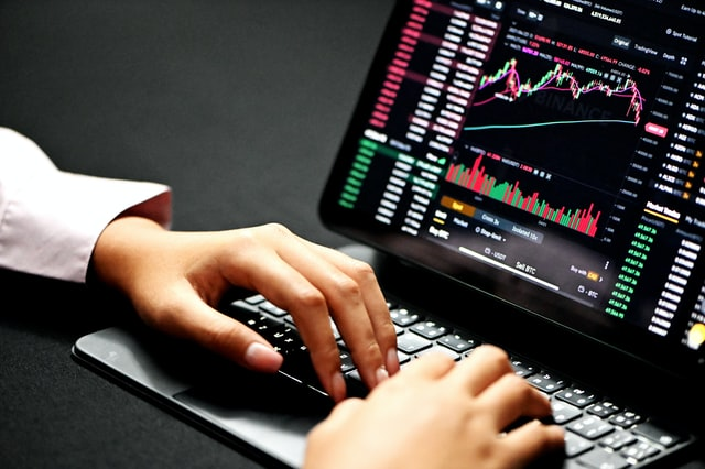 Essential Strategies For Effective Forex Trading
